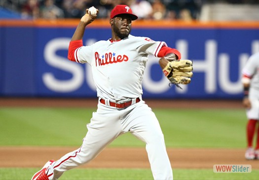 Enyel De Los Santos,gave up 5 runs in 4.1 innings, as the Phillies lost to the Marlins 10-5 on Sunday.